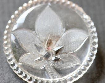 Clear Glass Floral Button