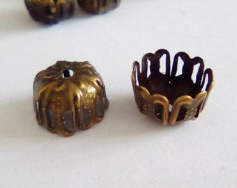 10 bronze 9x6mm metal flower bead caps