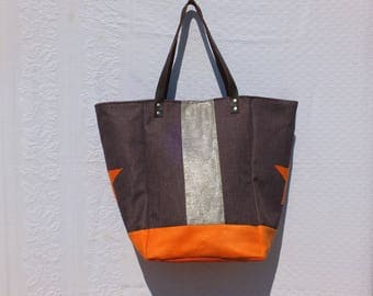 This tote bag Brown, orange and linen metallic silver.