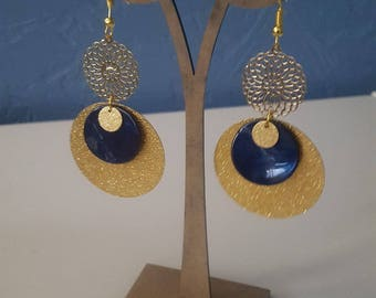 Blue mother of Pearl Gold Earrings