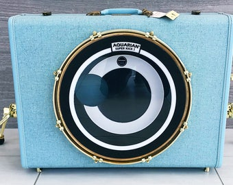 "Hawaiin blue casebass suitcase bassdrum with brass hardware,!gold kickport and 16"" maple shell  *limited edition line*"