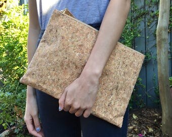 Annie Cork iPad Bag Clutch - Classic