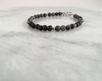 Labradorite diffuser bracelet, diffuser bracelet, labradorite bracelet, bracelet diffuser, essential oil diffuser, essential oil jewelry