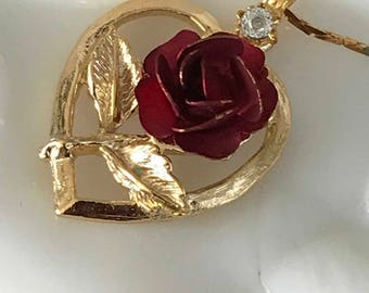 1970's Gold Tone Heart Necklace