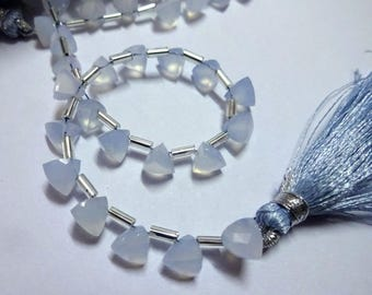 AAA Grade BLUE CHALCEDONY Faceted Briolette Trillion beads, Size 6 mm, 6 inches Strand Length, Super Quality Gemstones for Jewellery
