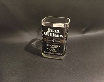 1 Liter vs 750ML Evan Williams Bourbon Whiskey BOTTLE Soy Candle.Made To Order !!!!!