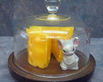 S Vintage Goodwood Glass Dome and Tray with Candle of Cheese with Mouse