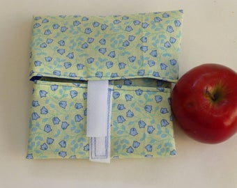 OnTheGoSandwich Sandwich wrap: bluebells on yellow