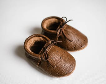 baby moccasins/ loafers with holes/ chocolate leather