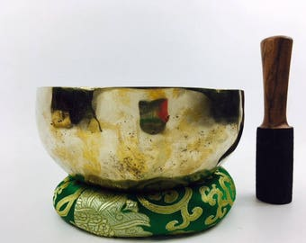 "8"" (Multi Chakra) Traditional Hand Made Tibetan Sound Healing Singing Bowl - 1.3 kg ॐ"