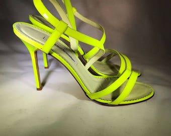 Manolo blahnik neon yellow sandals size 10 euro 41