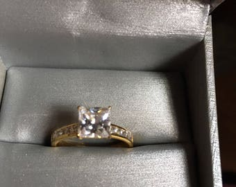 2ct cushion cut 14k gold engagement ring