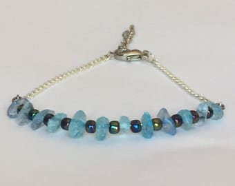 Beaded silver bracelet with blue-green czech beads and blue rock beads