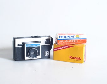126 Kodak Instamatic X15 Camera With Film And Flash Cubes