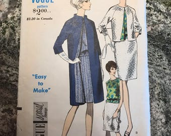 Vogue Pattern - 6741 - Size 12. Bust 32. Hip 34.