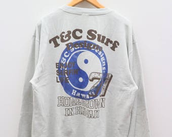 Vintage TOWN & COUNTRY Surf Design Hawaii Live Like This Enjoy Surfrin Life Home Grown In Hawaii Pullover Blue Sweater Sweatshirt
