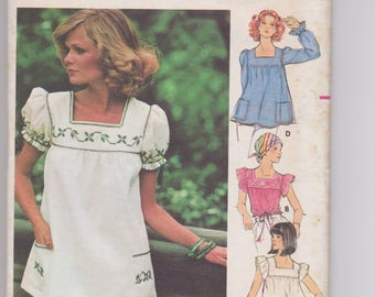 Butterick 4631 / Misses Tops & Embroidery Transfers / Size 14 / 70's Vintage Sewing Pattern