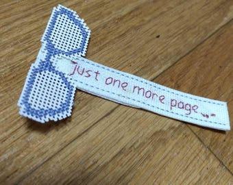 Glasses bookmark