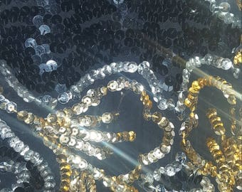 Vintage Black and Gold Sequin top. Size 14/16