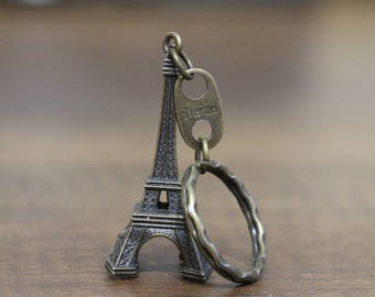 Beautiful metal keychain Eiffel Tower, Paris, France, beautiful keychain