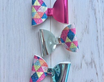 Girls Hair Bow. Glitter Bow. Sparkly Bow. Girls Hair Accessory. Hair Bow. Glitter Hair Bow