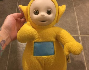 Vintage playskool teletubbies talking lala plush