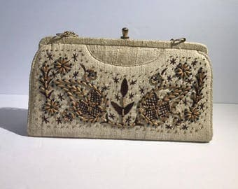 Vintage Embroidered Beaded Floral Purse