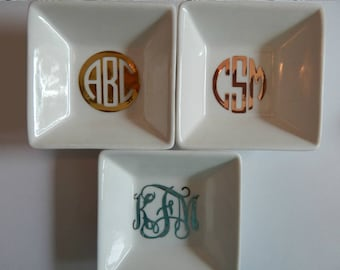 Monogram Ring Dish, Jewelry Dish, Ring Dish, Monogrammed Jewelry Dish, Bridesmaids Gifts, Monogram Dish, Monogram Tray, Personalized, Gifts