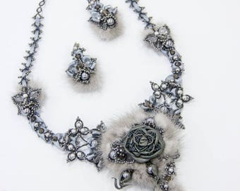 "Necklace ""The Fadeless Flower"""