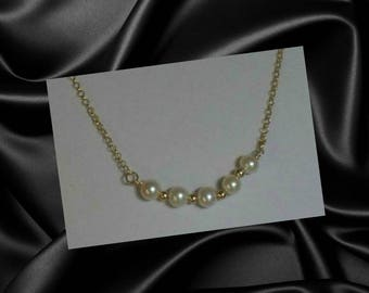White Pearl Pendant,White Multi Pearl Pendant Necklace Jewelry,Tiny Gold Bead Pendant Necklace,White Bridal Necklace