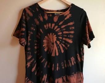 L Bleach Tie Dye Shirt Women