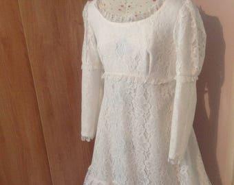 Vintage wedding dress, 1970s wedding dress, boho wedding dress, lace wedding dress, white wedding dress, size 14, prairie wedding dress