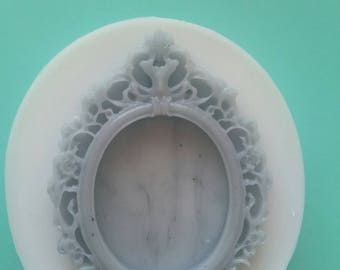 Cameo resin mold frame