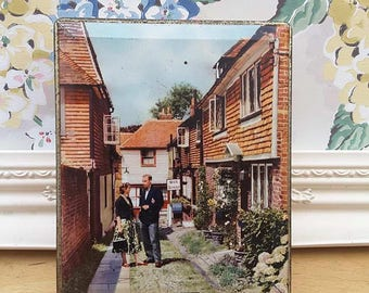Vintage Edward Sharp & Sons toffee tin of Maidestone Kent, depicting Rye, Sussex