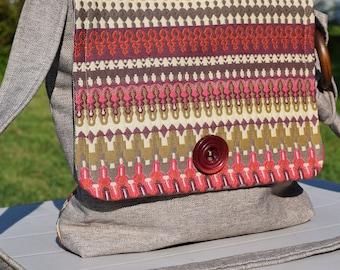 Messenger bag with adjustable wood ring, Messenger bag, messenger bag