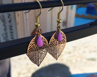 Leaf earrings gold and enamel by lesbijouxdelilie