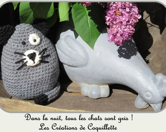Cat grey amigurimi, child blanket, hand crocheted