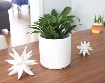 """Small Mid-century Modern """"Shorty"""" 8"""" Table Top Planter Set"""