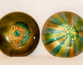 Beautiful Mid-Century Enamel on Copper Decorative Dishes, By Bovano of Cheshire, CT, Set of 2