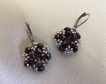 Beaded round earrings made with fire polished beads