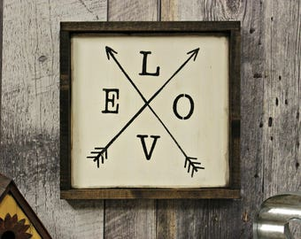 Love Arrows. Love. Farmhouse. Country. Home Decor. Rustic Decor. Counrty Decor. Wood Sign. Wall Decor. Country Rustic.