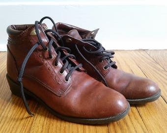 vintage ankle boots, brown leather derby lace up womens 6 1/2