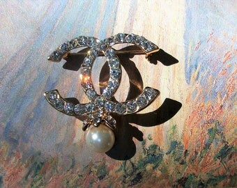 Pearl Drop Crystal  Brooch