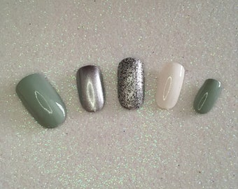 READY TO SHIP * Silver & Grey Press On Nails * Fale Nails * False Nails
