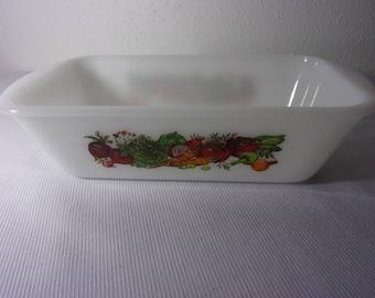1970's Vintage Glasbake Jeannette Milk Glass Vegetable Baking Dish  6 x 10