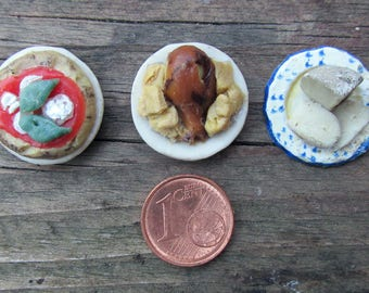 Mini plates in wax