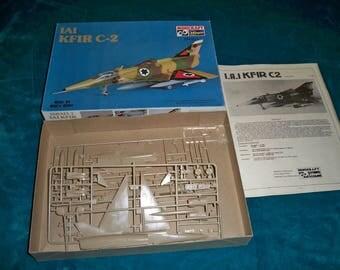 IAI KFIR C-2 Isreali Fighter Jet scale model 1/72 scale