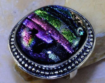 silver ring and Dichroic Glass size 64