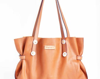 COGNAC LEATHER TOTE with purple edge trim