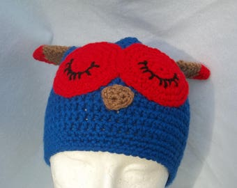 Sleepy Owl Hat in Blue and Red